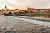 Evening Masaryk embankment, view from the river Vltava (Prague) — Stock fotografie