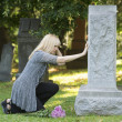 Touching Grief in the Cemetery — Stock Photo