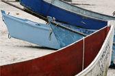 Barche sulla spiaggia — Foto Stock