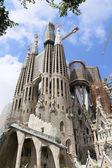 La sagrada familia, progettata da antoni Gaudí, a Barcellona. — Foto Stock