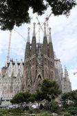 La sagrada familia, dessinée par antoni Gaudí, à Barcelone. — Photo