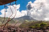 Eruption of a volcano Tungurahua, Cordillera Occidental of the A — Stock Photo