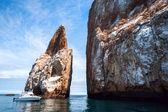 Cliff Kicker Rock, the icon of divers, the most popular dive, Galapagos — Stock Photo