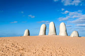 The Hand Sculpture, City of Punta del Este, Uruguay — Stock Photo