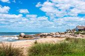 Punta del diablo beach, oblíbené turistické místo v uruguayi — Stock fotografie