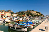 Harbor in Provence town Cassis with yachts, France, Cote d'azur — Stock Photo
