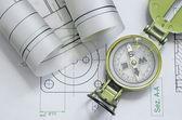Diseño de ingeniería mecánica y gráficos con brújula — Foto de Stock