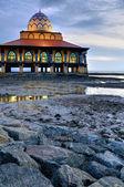 Moskee aan het strand — Stockfoto