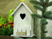 Nesting box on the tree — Stock Photo