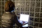 Female woman on Laptop — 图库照片