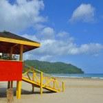 Life savers tower on Las Cuevas Beach in Trinidad — Stock Photo