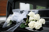 Decoration flowers for wedding car — Stock Photo