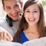 Teenage couple smiling — Stock Photo