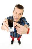 Dorywczo młody człowiek z telefonu — Zdjęcie stockowe