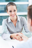 Businesswoman shaking hands — Foto de Stock