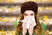Frau mit einer erkältung — Stockfoto