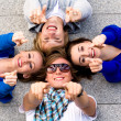 Foto Stock: Teens pointing their fingers