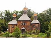 Старая деревянная церковь — Стоковое фото