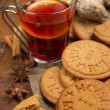 Ginger cookies with mulled wine and spices — Stock Photo