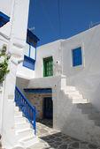 Schody na greckiej wyspie — Zdjęcie stockowe