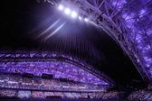 Publiken står, avslutningsceremonin av sochi 2014 — Stockfoto