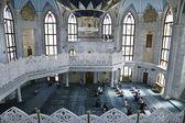 Religious prayers in the mosque Kul Sharif in Kazan — Stock Photo