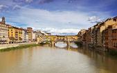 Ponte vecchio, florence, italië — Stockfoto