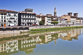 Arno river in Florence (Firenze), Tuscany, Italy — Stock Photo