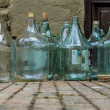 Large empty olive oil glass bottles - Stockfoto