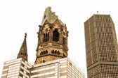 記念カイザー ・ ヴィルヘルム教会が復元されています。 — ストック写真