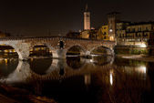 The Adige River that leads through Verona — Stock Photo