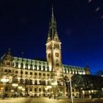 Hamburg, Duitsland. nacht tijd rathaus — Stockfoto