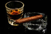Whiskey with cigar — Stock Photo