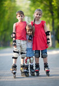 Happy rollerbladers — Stockfoto