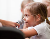 Child being interviewed — Stock Photo