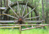 Close up of old settlers coal mining water wheel — Stock Photo