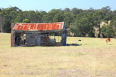 Old rusting broken down farm house on rural Australian property — Stock Photo