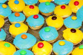 Colourful cup cakes — Stock Photo