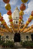 数以百计的灯笼在极乐寺 — 图库照片