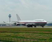 Aircraft Landing — Stock Photo