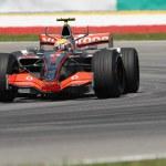������, ������: Vodafone McLaren Mercedes MP4 22 Lewis Hamilton