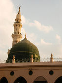 Green dome of Nabawi Mosque — Stock Photo