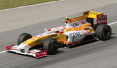 2009 Nelson Piquet Jr. at Malaysian F1 Grand Prix — Stock Photo