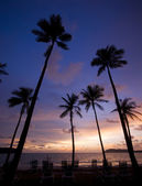 Sunset at a tropical beach in Asia. — Stock Photo