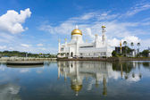 Masjid Sultan Omar Ali Saifuddin Mosque in Bandar Seri Begawan, — Stock Photo