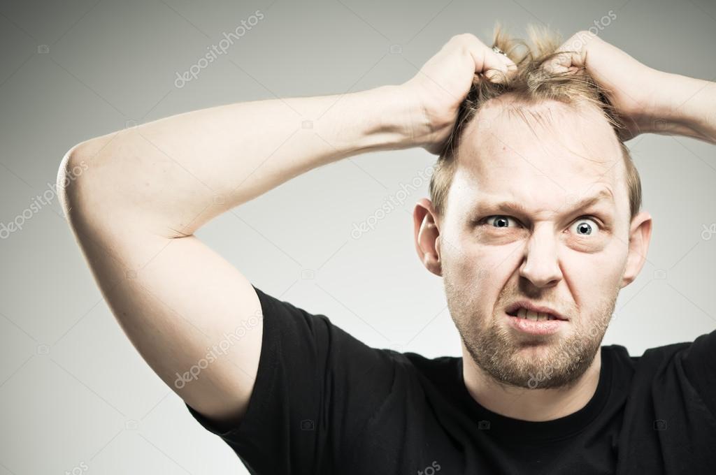 Вырываются волосы на голове
