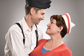 Soldier and his girlfriend — Stock Photo