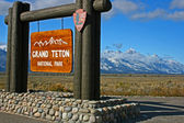 "Wooden board ""Grand Teton NP"" — Stock Photo"