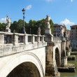 Angels bridge over the river Tiber in Rome, Italy — Stock Photo