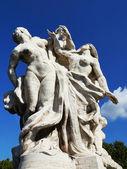 Sculpture at Vittorio Emanuele II Bridge, Rome, Italy — Stock Photo